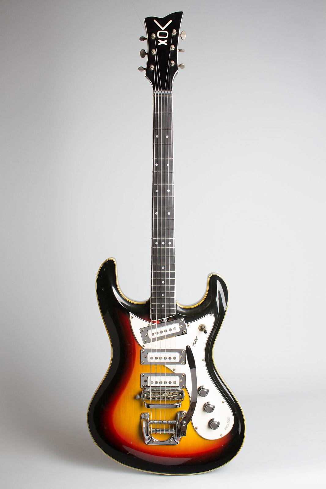 Vox  Bulldog Solid Body Electric Guitar (1966), ser. #267087, black gig bag case.