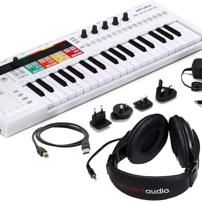 ARTURIA BUNDLE KEYSTEP PRO + RHP100 Controller & Sequencer USB/MIDI/CV Keyboard Controller Bundle