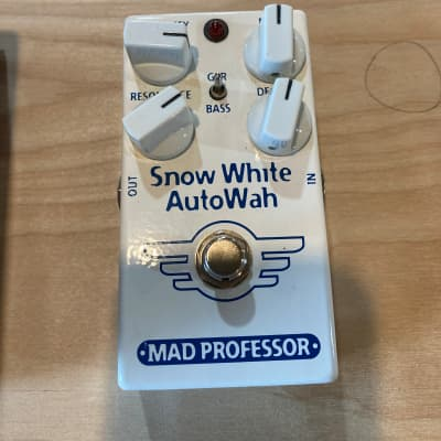 Mad Professor Snow White Auto Wah with Guitar/Bass Switch for sale