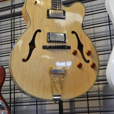 Used Oscar Schmidt OE40N Hollowbody Electric Guitar with Hardshell Case for sale