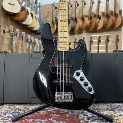 Fender Fender American Deluxe Jazz Bass V (5 strings), Maple Fingerboard, Black 2011 for sale