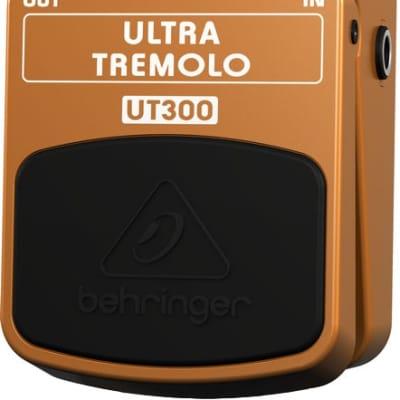 Behringer UT300 Ultra Tremolo Guitar Effects Pedal