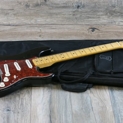 Super Rare Vintage Kelly Carmine Street Guitars Strat 1980s Black for sale
