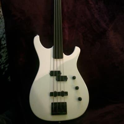 Larrivee Custom Fretless Bass Guitar 1985 Pearl White for sale
