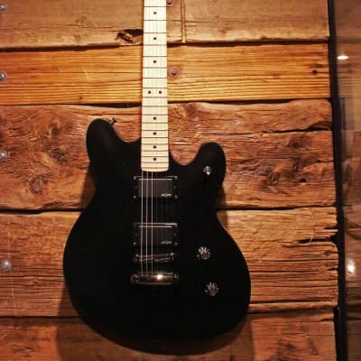 Squier Contemporary Active Starcaster, Flat Black - Free shipping to lower US!