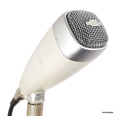 Sennheiser MD21-N  60's Vintage Dynamic Microphone, Adapter Cable XLR, Serial 9649