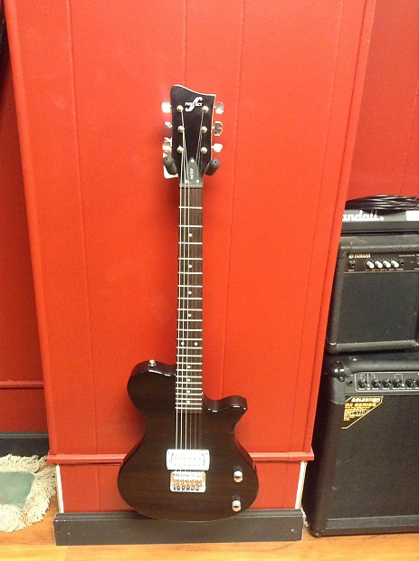 First Act Me537 Beginner Electric Guitar