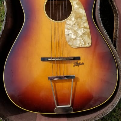 Hofner Small Acoustic Guitar, Case, & Extra Strings 1959-60 Sunburst