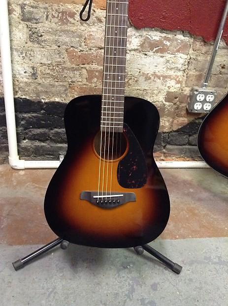 Brand new yamaha jr2tbs 3 4 size tobacco sunburst acoustic for Yamaha guitar brands