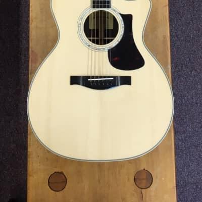 Eastman AC422CE Grand Auditorium Acoustic Guitar