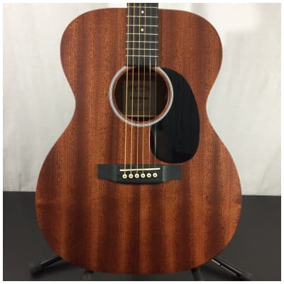 Martin 000-10E solid-wood with Fishman MX-T Electronics Acoustic Electric Guitar w/ Soft Case