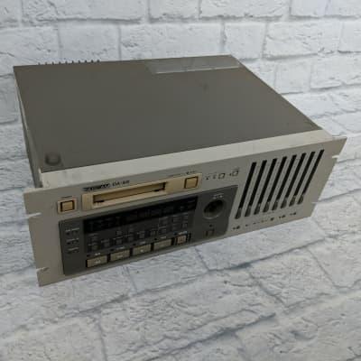 Tascam Model DA-88 Professional Multitrack Recorder 8 Channel Digital Recorder (As Is)