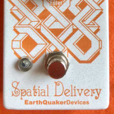 EarthQuaker Devices Spatial Delivery Envelope Filter w/ Sample & Hold 2017