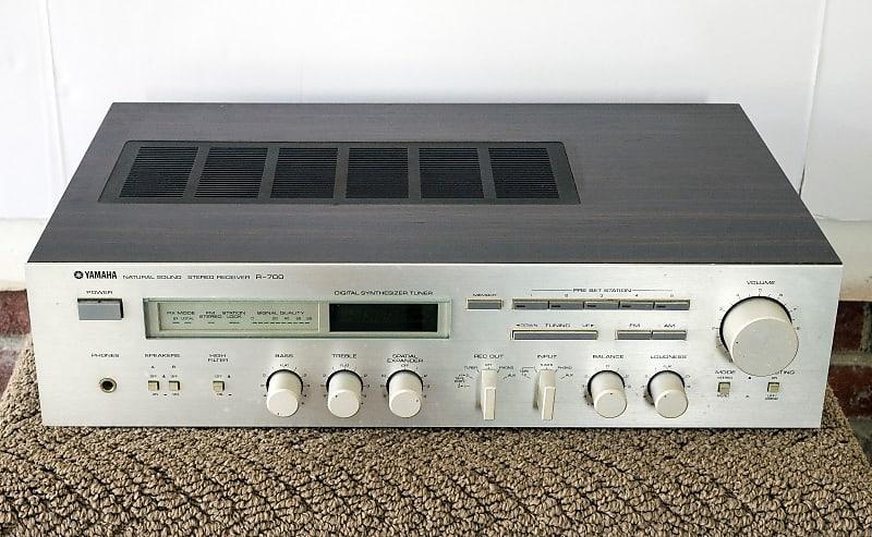 Vintage Yamaha R-700 Natural Sound Stereo Receiver - Parts Repair