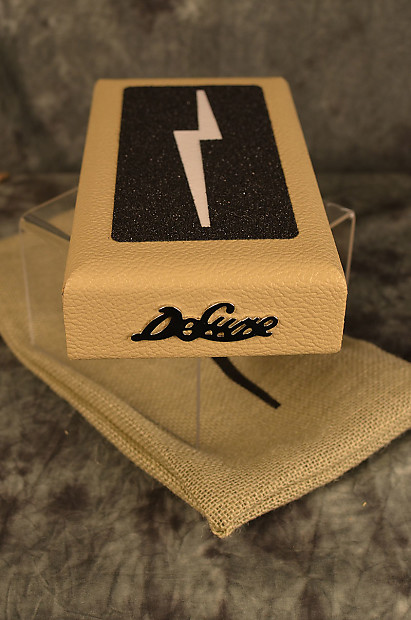 Deluxe Amplification Tennessee Beat Box Vintage Cream Tolex Floor Stomp  Bass Drum