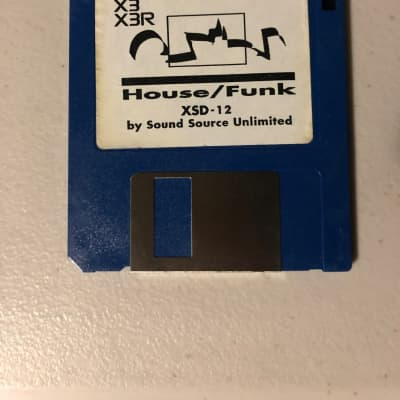 Korg X3 X3R House Funk XSD-12 Disk by Sound Source Unlimited 1994