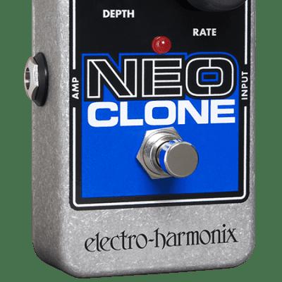 EHX Electro-Harmonix Neo Clone Analog Chorus Guitar Effects Pedal
