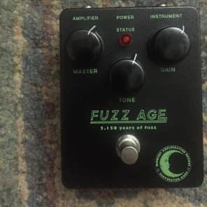 Midnight Amplification Fuzz Age