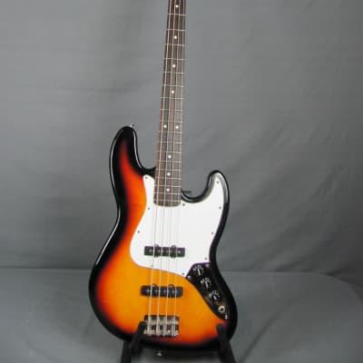 Fender  Standard Jazz Bass  2000 Sunburst