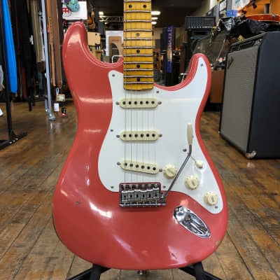Fender Custom Shop Time Machine Series 1956 Stratocaster Relic Faded Aged Tahitian Coral w/Hard Case