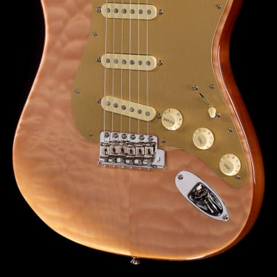 Fender Rarities Quilt Maple Top Stratocaster Rosewood Neck (820)
