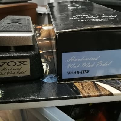 vox V846HW Hand wired wah wah pedal