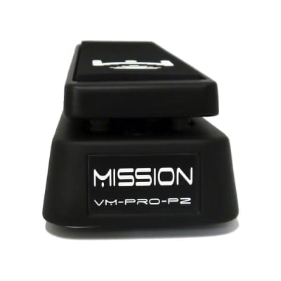 Mission Engineering VM‐PRO‐PZ‐BK Volume Pedal with Buffer for Piezo Electric Pickups, Flat Black