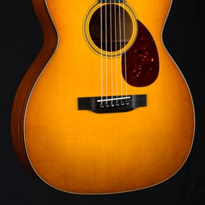 Collings OM1 JL Sunburst Julian Lage Signature Model Sitka Spruce and Mahogany NEW