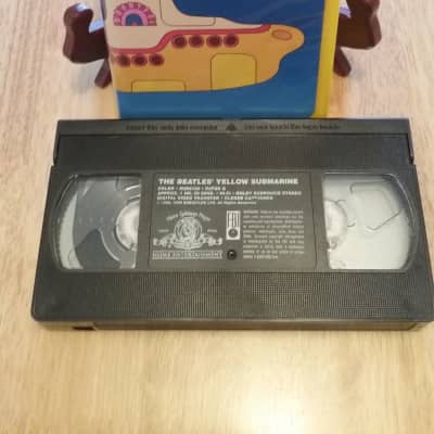 VHS Vintage Artist 1999--The Beatles--Yellow Submarine