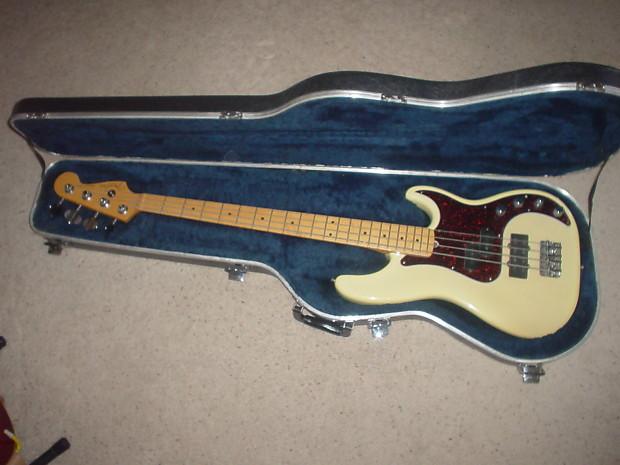 fender precision bass 50th anniversary 2001