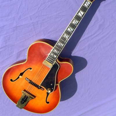 c.1970-5 Gibson Johnny Smith: Showroom Condition, Smooth Player, Amazing Factory Accessories for sale