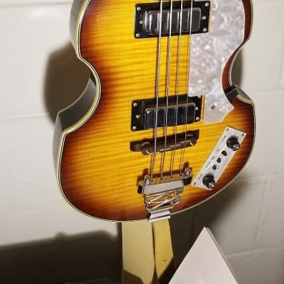 Rogue VB100  Vintage Sunburst Like H0FNER B3atles Bass