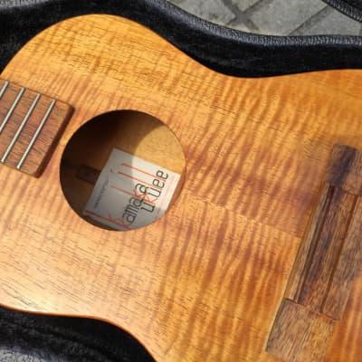 kamaka vintage tenor ukulele,5A curly hawaiian koa, with koolau case