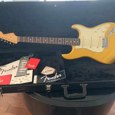 Fender Fender Special Run (FSR) Classic Player '60s Stratocaster Vegas Gold Sparkle 2014 (1 of 250) for sale
