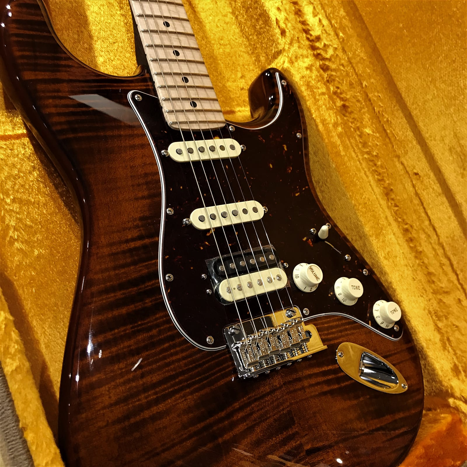 Fender Rarities Flame Top Stratocaster- Rosewood neck- In Stock