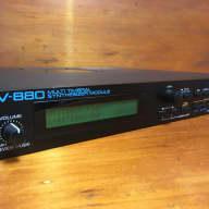 Roland JV880