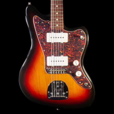 Fender 1999-2002 CIJ Jazzmaster in 3-Colour Sunburst Guitar, Pre-Owned for sale