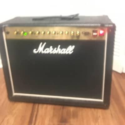 Marshall DSL40C 40-Watt 1x12 Tube Guitar Combo Amp, Black Tolex