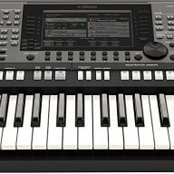 Yamaha PSRA3000 Oriental Arranger Keyboard Workstation