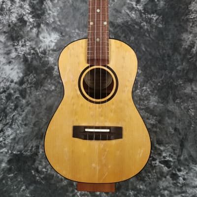 Fleenor Tenor Ukulele (Handmade, Sold Wood - Spruce/Padauk)