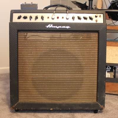 """1968 Ampeg Gemini II Model G-15 30-Watt 1x15"""" Guitar Combo"""