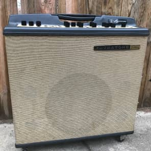 "Magnatone Imperial Model M13 Custom Series 3-Channel 45-Watt 1x15"" Guitar Combo with 3"" Tweeters"