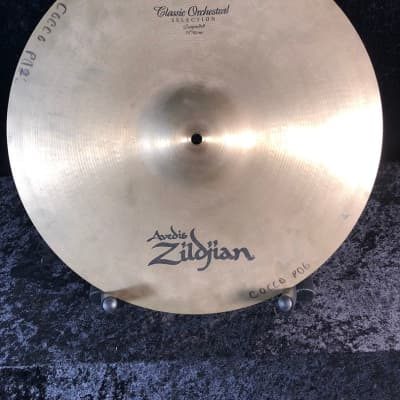 """Avedis Zildjian 18"""" Classic Orchestral Selection Suspended Cymbal"""