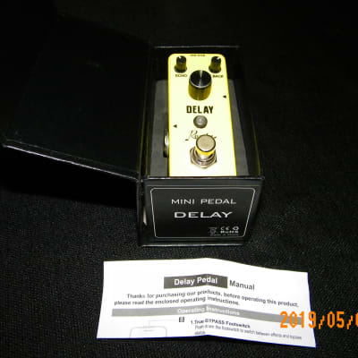 Rowin Classic Analog fx LEF-314 Guitar Delay Pedal Like new W box & paperwork Carbon Copy nano clone