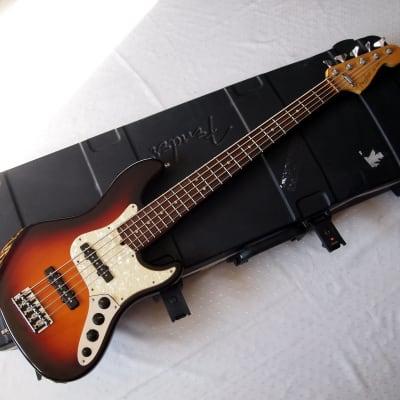 Fender  American Deluxe Jazz Bass V-strings  1996 3-Colour Sunburst for sale
