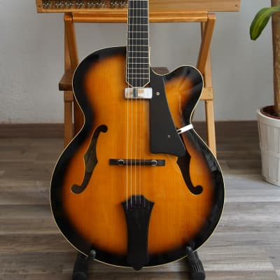 Deneuville Archtop 2011 (SB) - Handmade for sale