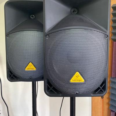"""Behringer Eurolive B112D 1000-Watt 12"""" Powered Speaker Pair"""