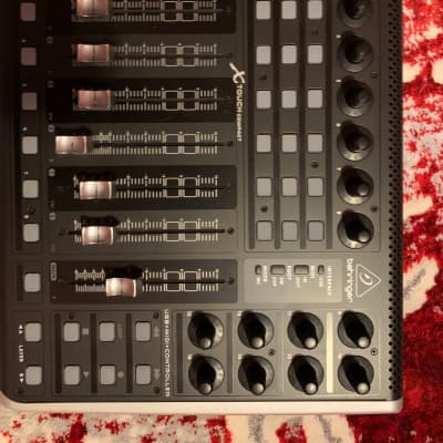 Behringer X-TOUCH COMPACT Universal DAW Control Surface