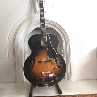 Gibson ES-150 (1952) Sunburst with HSC for sale