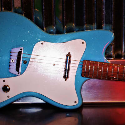 Silvertone 1451 1967 Powder Blue for sale